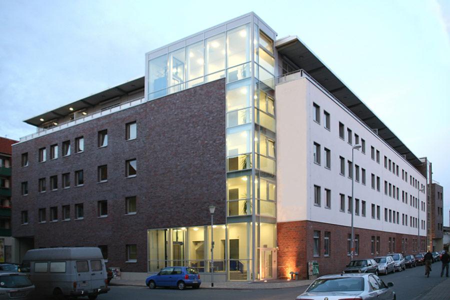 http://www.sahle.com/bauten/#Hafenweg
